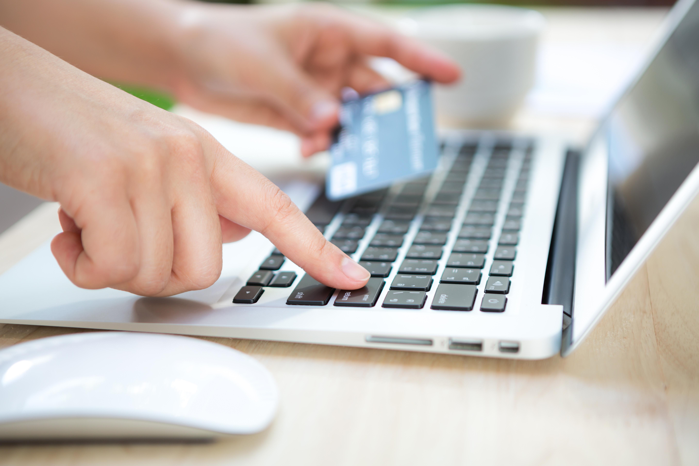 Shopify vs WooCommerce: pago con tarjeta de crédito